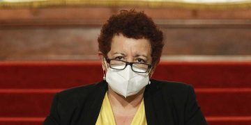 Ministra de Salud.