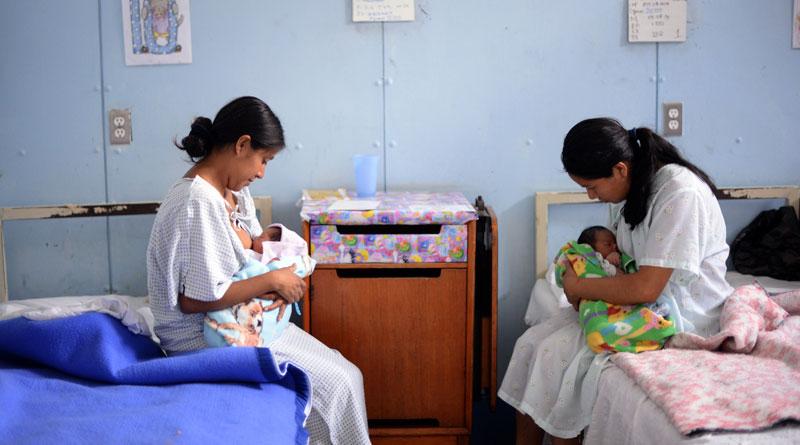 Madres-dando-de-lactar