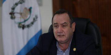 presidente Alejandro Giammattei en reunión virtual Sica