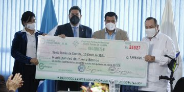 Puerto Santo Tomás de Castilla entrega utilidades al Gobierno de Guatemala