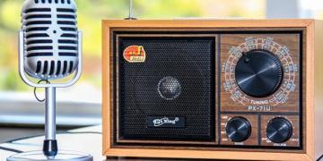 Celebran el día mundial de la radio