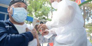 Continúa la vacunación contra el COVID-19 en Guatemala