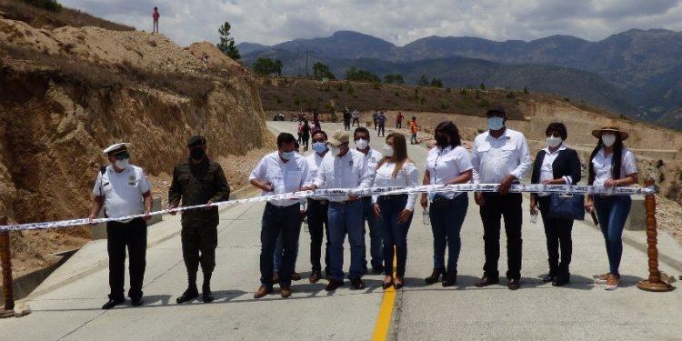 Inauguran anillo periférico en Huehuetenango