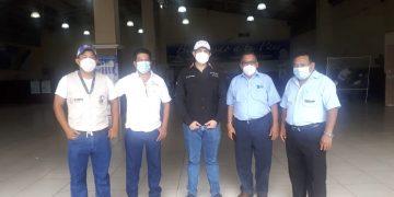 Autoridades de migración en ciudad Tecún Umán, San Marcos.