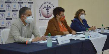 Autoridades del Ministerio de Salud realizan conferencia de prensa./Foto: MSPAS.