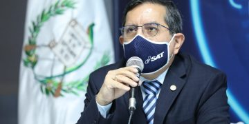 El Superintendente de Administración Tributaria (SAT), Marco Livio Díaz