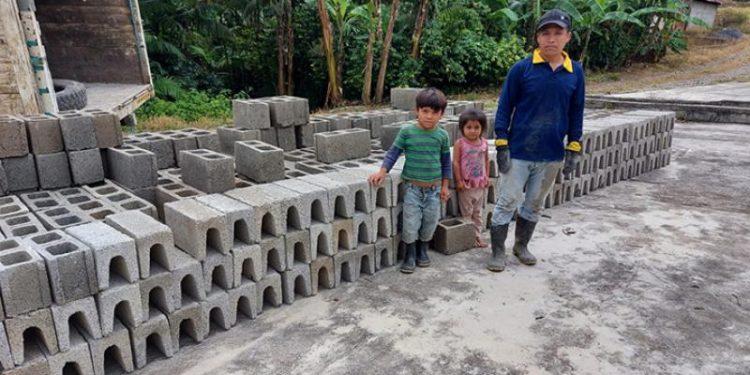 Las familias damnificadas por Eta y Iota recibieron los materiales para la construcción de sus viviendas.