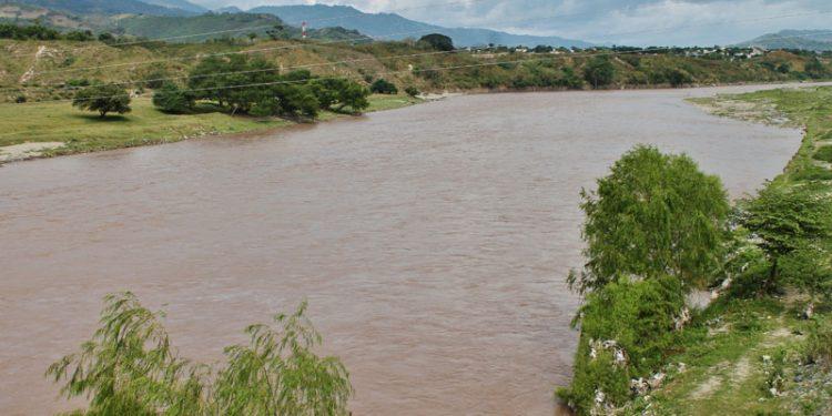 Impulsan proyecto de reforestación para proteger el río Motagua
