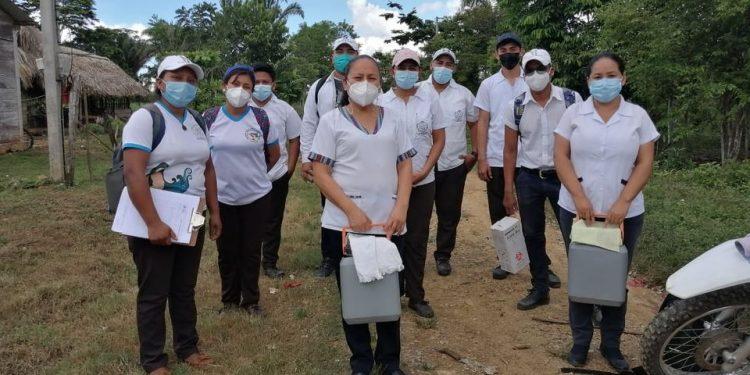 Salud intensifica vacunación contra el coronavirus en el suroccidente de Petén